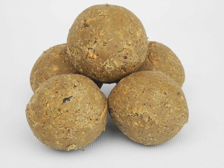 Food Standard Fat Balls 50 pack in tub